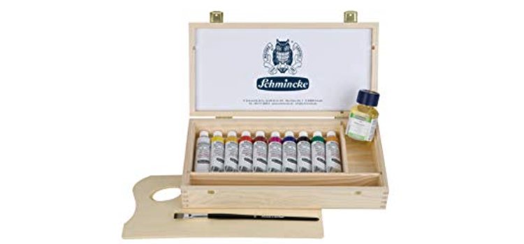 Выбери подходящие себе краски от SCHMINCKE!